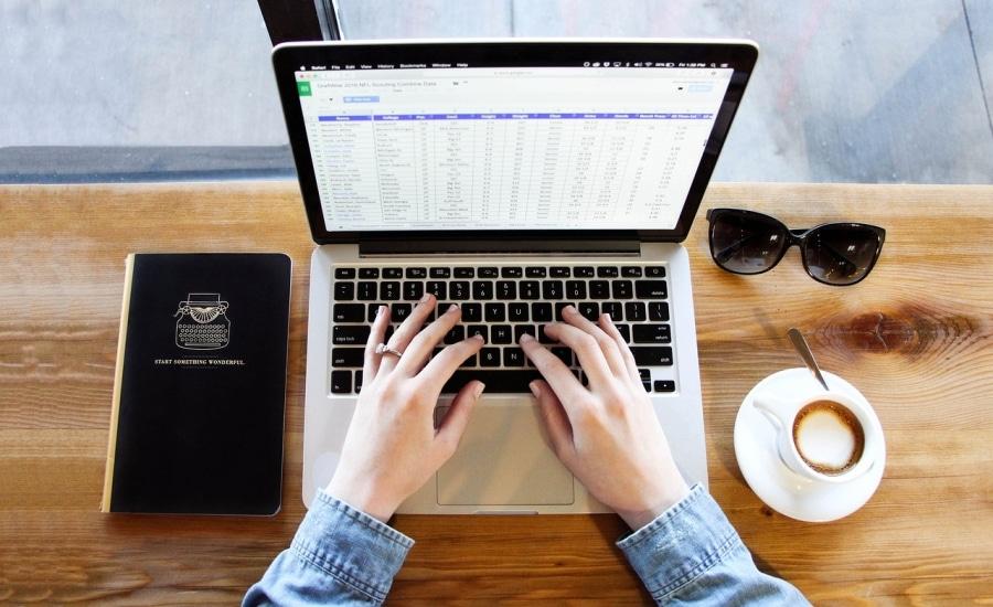 Hoe u de rittenregistratie en tankadministratie makkelijk kan zonder Excel