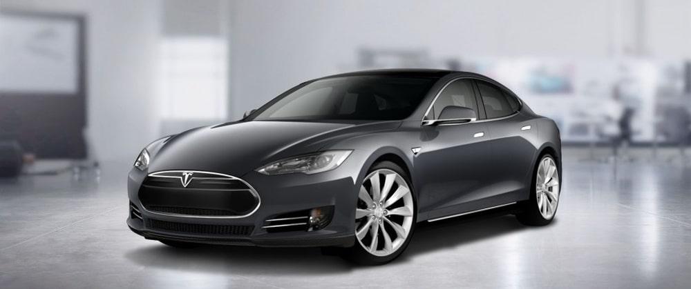 elektrisch autorijden met Tesla