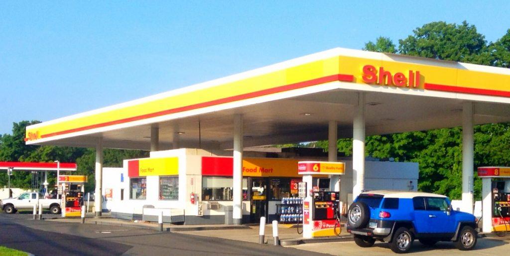 Shell wil vijfhonderd snellaadpalen bij eigen tankstations