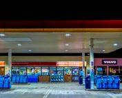 Snelweg tankstation maar liefst 20 cent duurder