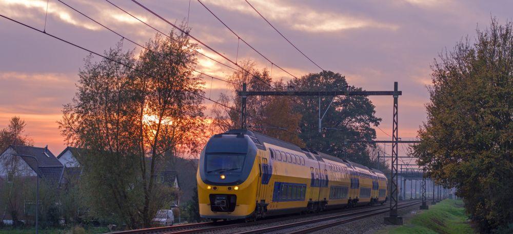 Zakelijke reizen met de trein en betalen met een mobiliteitspas is populair