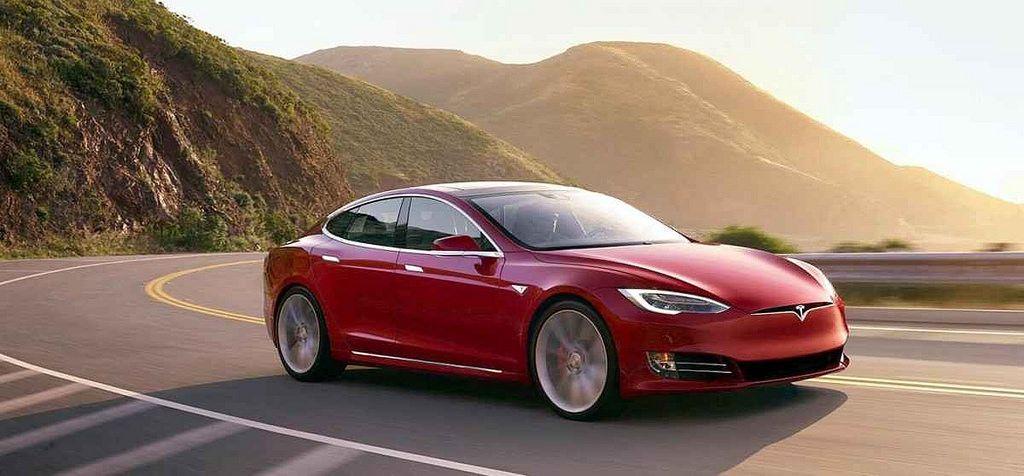 Gaat u een elektrische auto kopen? Let op de Tesla taks!