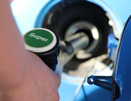 De benzineauto is populair