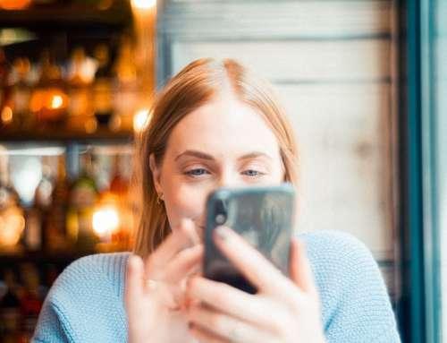 Ruim 700 uur per jaar je smartphone gebruiken