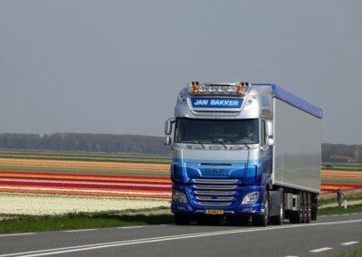 Hollands glorie met de vernieuwde elektrische vrachtwagen van DAF